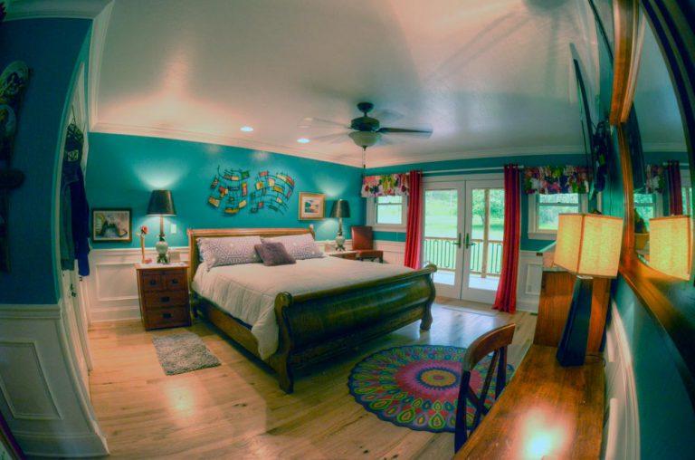 Master Bedroom - Main Level